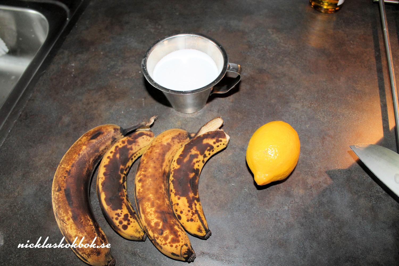 bullar med kanel- och bananfyllning
